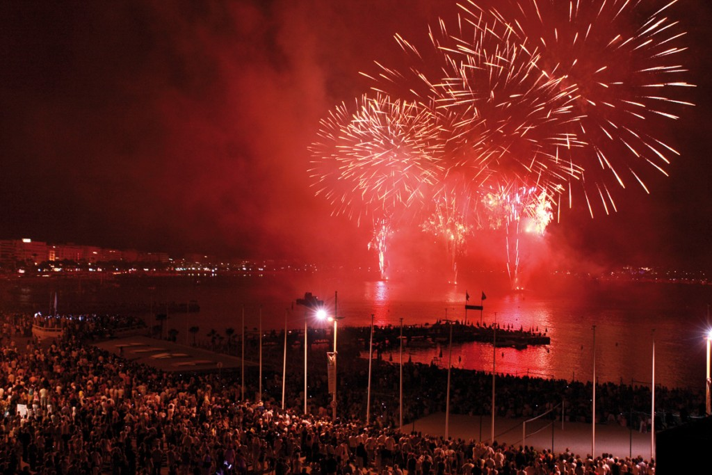 003-cannes-pyrotechnie-s