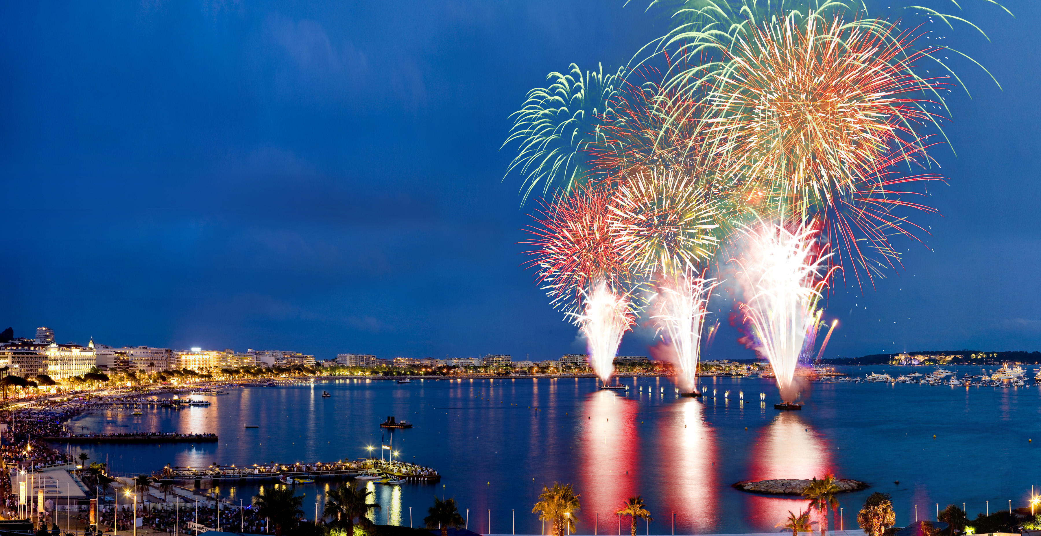 The Best Places To Watch The Fireworks In Cannes